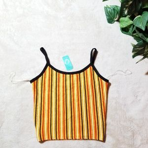 NWT cropped tank top size M.